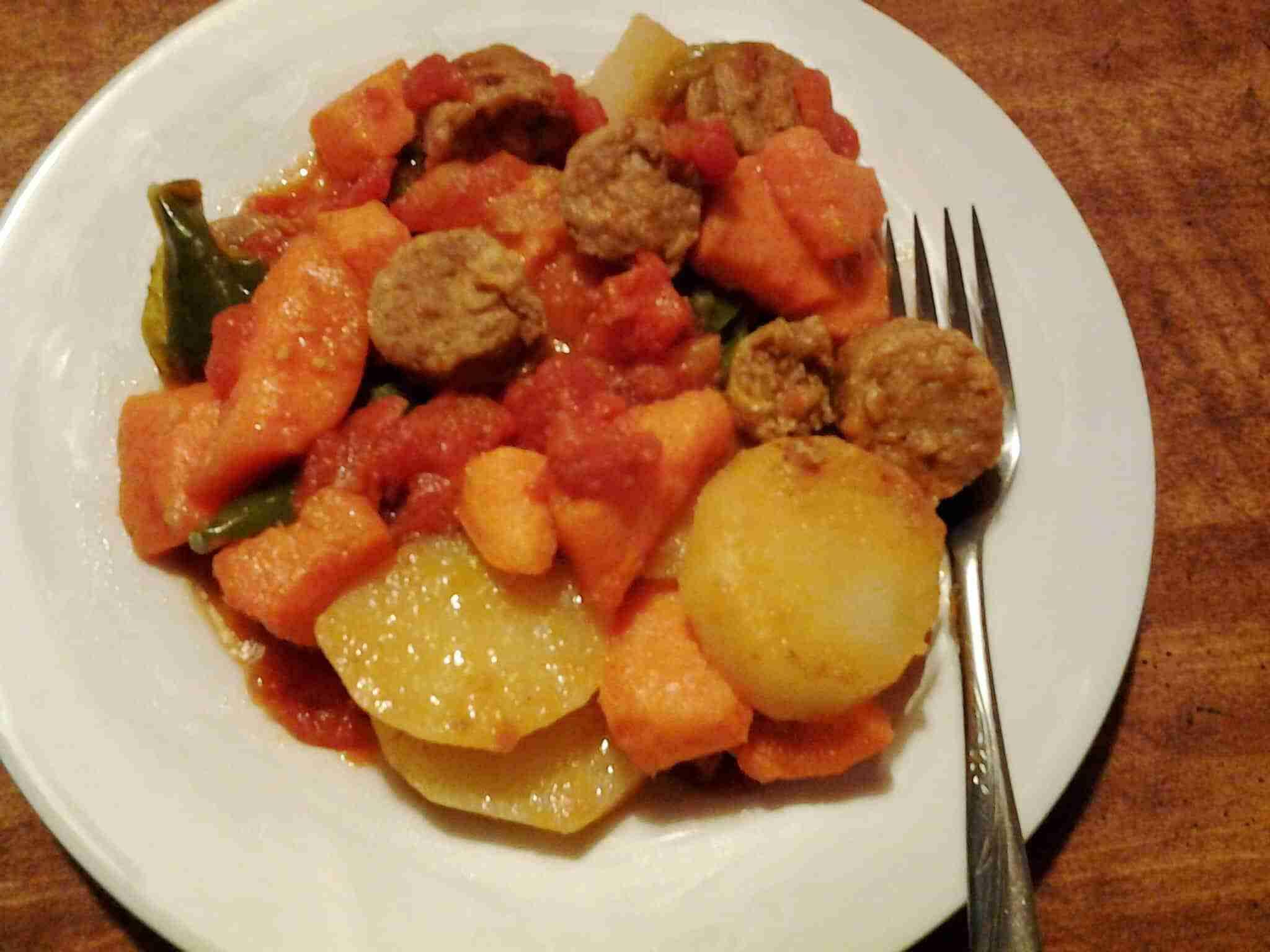 Sausage and Potato Skillet Dinner #Anolon - Daily Dish Magazine