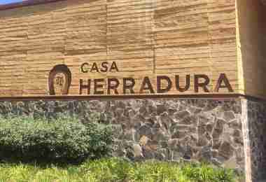 Welcome to Casa Herradura
