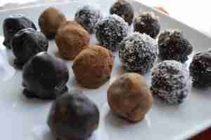 Chocolate Truffles - Candies to make for the holidays.