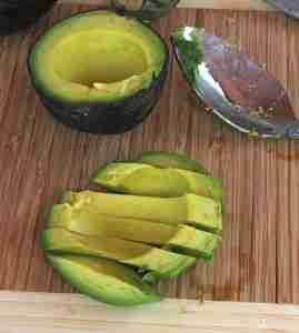 avocado and bread salad 059