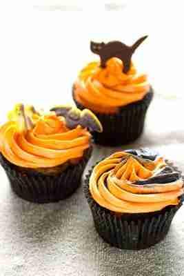 Ghoulishly Gluten Free Halloween Cupcakes
