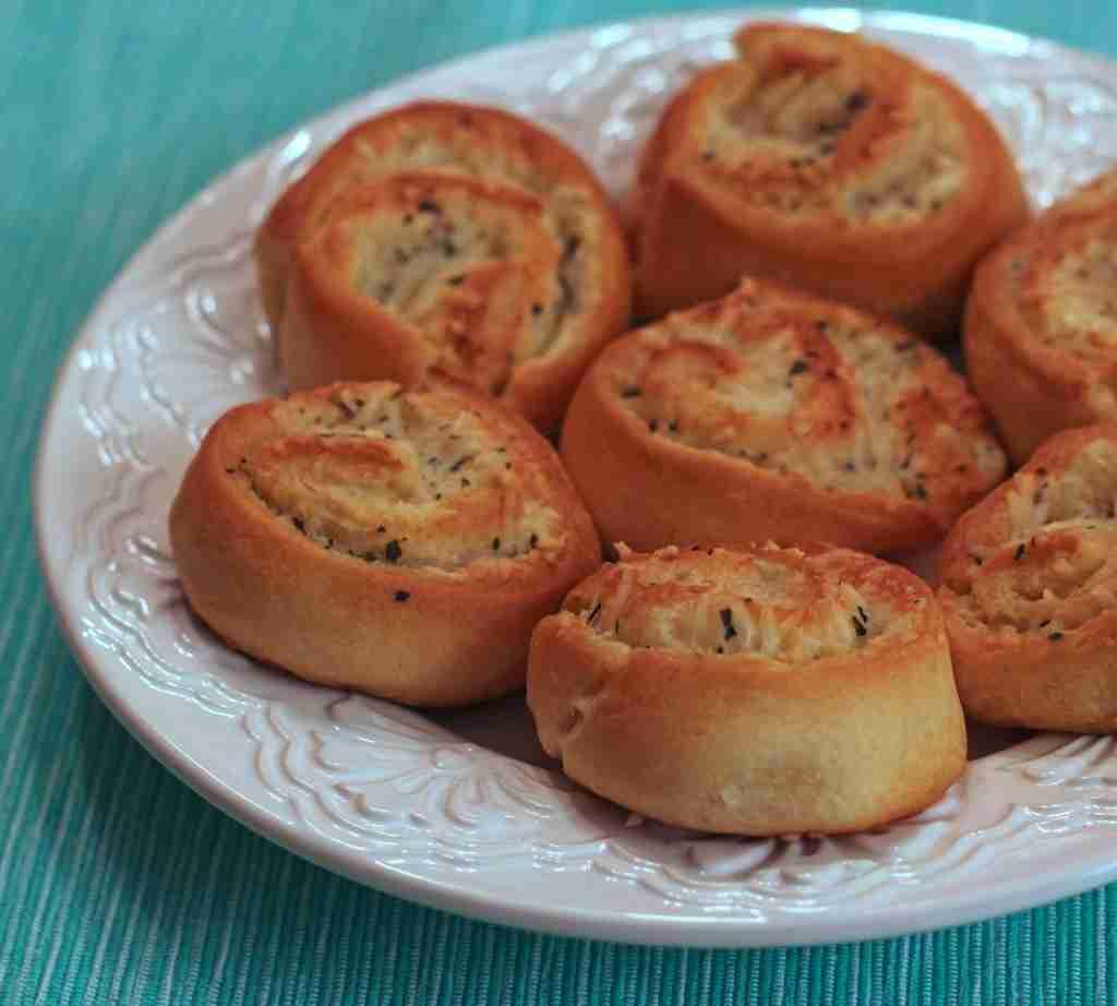 Parmesan Garlic Crescent Pinwheels