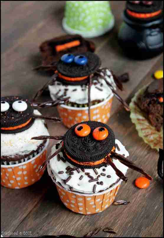 Spider Oreo Cupcakes from Diethood