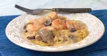 Shrimp and Pasta with Gruyere Wine Sauce
