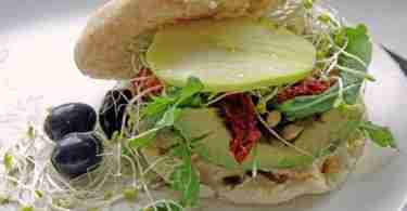 4 season sandwich with sprouts