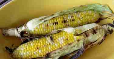 grilled corn on the cob (550x413)