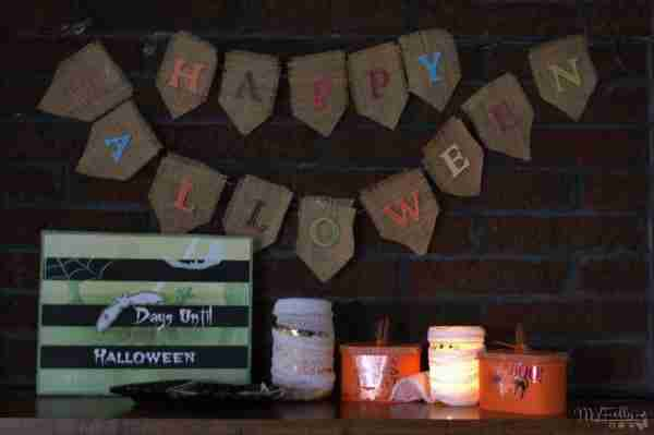 Halloween Burlap Banner/ Daily Dish Magazine #burlap #halloween