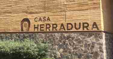 Welcome to Casa Herradura