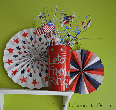 Patriotic Decor from Second Chance to Dream