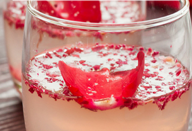 Sparkling Prosecco Raspberry Lemonade Cocktail