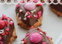 Today's Daily Dish Recipe is Hershey Pretzel Hearts.