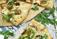 Today's Daily Dish Recipe is White Pizza with Caramelized Onions and Arugula