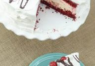 Cherry Cheesecake Ice Cream Cake via Mommy Hates Cooking